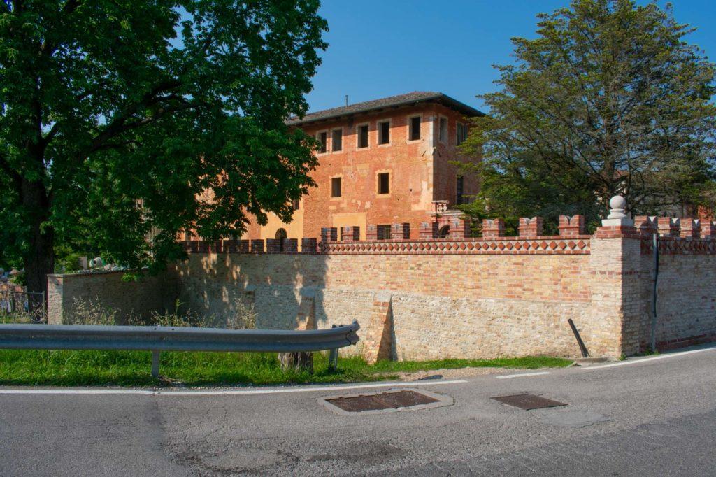 Muro di cinta, lato fiume Stella