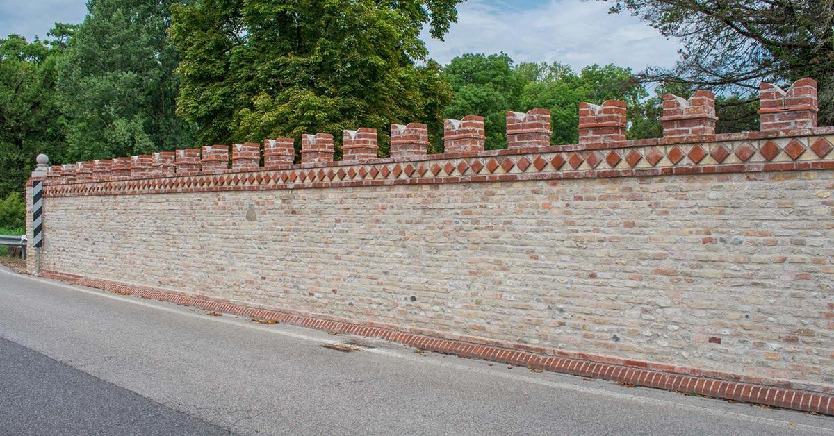 Villa Ottelio Savorgnan, le mura